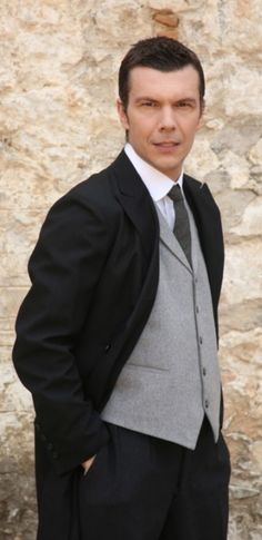 Series Movies, Greek, Suit Jacket, Suits, Jackets, Fashion, Down Jackets, Moda, Fashion Styles
