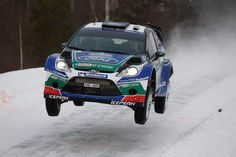 Ford rally car, AIRBORN!