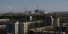 TIL the area around the nuclear powerplant Chernobyl won't be inhabitable for humans for the next 20000 years Chernobyl Nuclear Power Plant, Chernobyl Disaster, Nuclear Energy, What Happened At Chernobyl, Chill Photos, Paris Skyline, New York Skyline, Nuclear Disasters, Ghost Towns