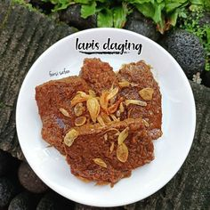 Resep lapis daging Instagram Indonesian Food, Cereal, Protein, Food And Drink, Cooking Recipes, Beef, Baking, Breakfast, Foods