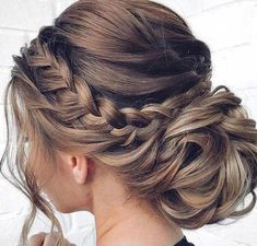 81 Mother Of The Bride Hairstyles Hairstyles 81 Mother Of The Bride Hairstyles Chic Hairstyles, Christmas Hairstyles, Elegant Hairstyles, Wedding Hairstyles, Hairstyles For Long Hair Prom, Mother Of The Bride Hairstyles, Braided Hairstyles, Bridesmaids Hairstyles, Quinceanera Hairstyles