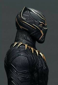 Black panther has the sickest costume ever