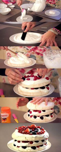 Cupcake Maniacs 9: Pavlova con frutos rojos