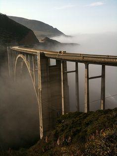 Bixby Bridge, Coast Highway, Monterey, California, USA.
