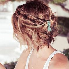 La fishtail braid hippie chic