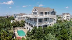 Castaway Avon: 8 Bedroom, 6 1/2 Bath - Private Heated Pool - Pet Friendly! - Oceanview - Avon NC