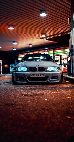 Bmw Wallpapers, Best Iphone Wallpapers, Bmw E46 Sedan, Black Panther Art, Bmw Girl, Bmw Love, Tuner Cars, Bmw M4, Car Photography