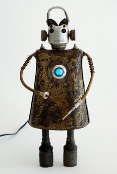 """Novo"" Assemblage Robot Sculpture by Boing! Boing!, via Flickr"