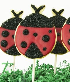 Ladybug Cookies for a cute Spring dessert idea. Cake Mate®️ decorations transform a simple sugar cookie into one of the prettiest, edible insects, and pop sticks make for easy carrying.