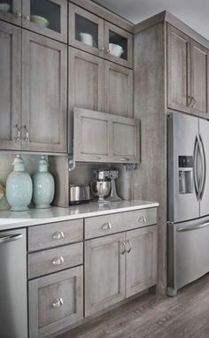 40+ Awesome Farmhouse Kitchen Cabinet Makeover Ideas