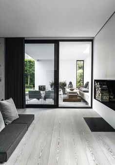 'Minimal Interior Design Inspiration' is a weekly showcase of some of the most perfectly minimal interior design examples that we've found around the web - all Interior Design Examples, Interior Design Inspiration, Inspiration Boards, Design Exterior, Interior And Exterior, Minimalism Living, Design Moderne, Home Fashion, Interior Architecture