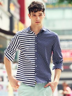 dots and stripes Tailored Shirts, Casual Shirts For Men, Men Casual, Polo T Shirts, Work Shirts, Mens Tailor, Gentleman Style, Looks Style, Fashion Pants