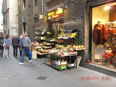 Street vendor in Florence, Italy