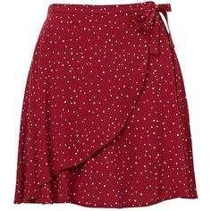 Der Wickel-Minirock erinnert an das neue Saison-Styling., The Wrap Mini Skirt is a nod to new season styling. This woven mini skirt featur. Der Wickel-Minirock erinnert an das neue Saison-Styling. Red Skirts, Short Skirts, Mini Skirts, Skirt Outfits, Dress Skirt, Red Polka Dot Skirt, Polka Dots, Red Mini Skirt, Asymmetrical Skirt