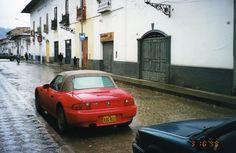Un día lluvioso en el Jirón Amalia Puga, Cajamarca - Perú.