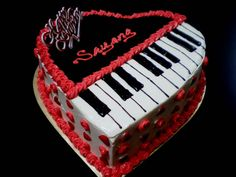 Piano Cake - She wants to give this cake for her lovely husband. But she doesn't have an idea what to give. I asked her what her husband?s hobby is. Then she said playing a music instrument such as the piano. Unique Cakes, Creative Cakes, Creative Food, Piano Cakes, Music Cakes, Cake Decorating For Beginners, Cake Decorating Tips, Cake Cookies, Cupcake Cakes