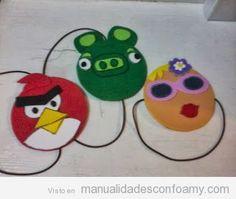 Manualidades para niños, convertir un CD en un Angry Birds para decorar