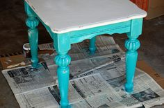 My distressed and antiqued coffee and side tables makeover - Newlyweds