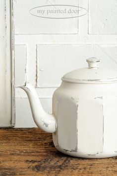How to paint on metal with Fusion Mineral Paint - Teapot painted in Champlain.