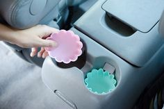 Silicone Cupcake Car Cup Holder Liners by The Krazy Coupon Lady and the best car organization hacks Car Cleaning Hacks, Car Hacks, House Cleaning Tips, Car Life Hacks, Cleaning Recipes, Cooking Recipes, Do It Yourself Organization, Organization Hacks, Organizing Solutions