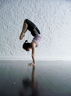 beautiful handstand scorpion #yoga