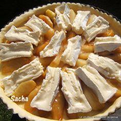 Tarte au camembert pommes et poires caramélisées sur une pâte brisée au cidre Recette pour : 6 pers Préparation : 30 mn Repos de la p...