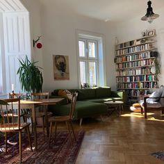 Interior Exterior, Home Interior Design, Interior Architecture, Home Living Room, Living Spaces, Dream Apartment, Minimalist Home, Future House, New Homes