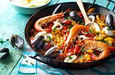 04.seafood paella T
