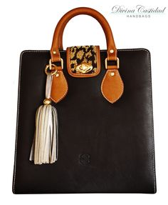 New collection by DCH  Abbey Bag cuero con tapa animal print Bogotá / Colombia