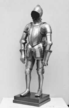 Helmet, arm defenses, gauntlets and leg defenses Wolfgang Grosschedel | Composite Suit of Armor | German, Landshut and Augsburg | The Metropolitan Museum of Art