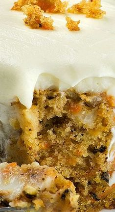 Want a seriously decadent Carrot Cake Poke Cake recipe that you nor anyone else will ever forget? This nostalgic twist on traditional carrot cake is just in time for Easter. Carrot Poke Cakes, Easy Carrot Cake, Moist Carrot Cakes, Poke Cake Recipes, Dessert Recipes, Dessert Salads, Frosting Recipes, Easter Recipes, Cupcake Recipes