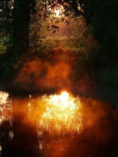 Landscape. Sunrise. Reflection. Water. Langley Country Park Lake || Dawn Fire by Kevin Day, via Flickr.