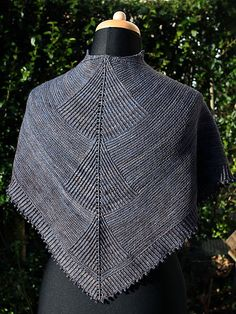 """Add to """"want to do"""".  Available on Ravelry"""