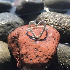 Hawaiian Hammered Heart Ring Custom made on Maui by my 15 year old neice. This includes 1 ring, Sterling silver. Available in sizes 5-10.5 Please message me on what size you want and the quantity. Takes 5-7 days to create. Price non negotiable Moana Aloha Jewelry Rings