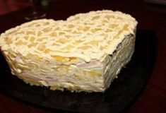 Layered salad with ham and pineapple / Chief-Cooker Russian Recipes, Food Dishes, Vanilla Cake, Cooker, Pineapple, Food Porn, Good Food, Food And Drink, Salad