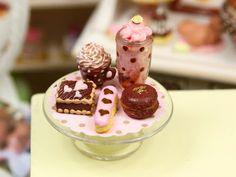 The Mini Food Blog: Happy Valentine's Day ~ Paris Miniatures