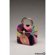 Bag Designer: Emilio Pucci Medium: Printed cotton velveteen and gold tone metal Date: Vintage Purses, Vintage Bags, Vintage Handbags, Vintage Closet, Vintage Accessories, Fashion Accessories, Design Textile, Metallic Bag, Op Art