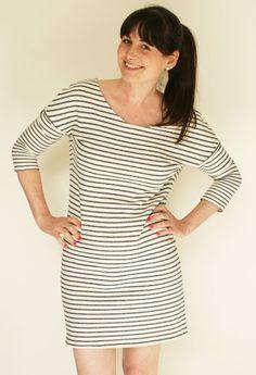 Een jurkje dat ik heel graag draag, is deze Rianne uit La Maison Victor. Het zit heel comfy en je draagt het net zo goed met blote benen of een panty onder, met of zonder riempje. En ik ben grote fan