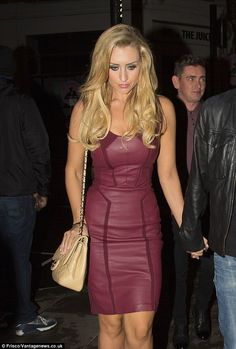 Catherine Tyldesley adds fever to Saturday in skin tight leather dress Gemma Merna, Sexy Dresses, Vintage Dresses, Catherine Tyldesley, Hourglass Dress, Girl Celebrities, Leather Dresses, I Love Girls, Blonde Beauty