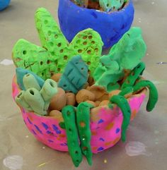 Clay project - succulent plants in clay pots for Mexico unit of study from Mrs. Knight's Smartest Artists: 4th grade