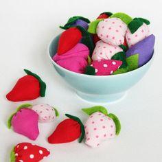 Erdbeeren aus Stoff                                                                                                                                                                                 Mehr