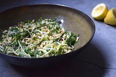 D A I L Y    H A B I T S | Courgette pasta met munt en parmezaanse kaas | http://www.angeliqueslembrouck.com