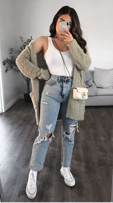 Cute Simple Outfits, Trendy Summer Outfits, Cute Comfy Outfits, Cute Fall Outfits, Winter Fashion Outfits, Pretty Outfits, Stylish Outfits, Fall Outfit Ideas, Cute Outfit Ideas For School