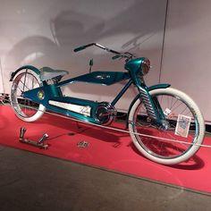 Custom bicycles Recumbent Bicycle, Cruiser Bicycle, Custom Moped, Custom Bikes, Cool Bicycles, Cool Bikes, Bicycle Drawing, Bicycle Workout, Lowrider Bike