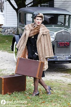 1920s and 1930s Great Gatsby inspired vintage fashion photo shoot - Metro Detroit, Michigan