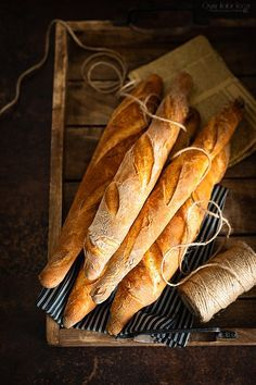 Bread Recipes, Cooking Recipes, Healthy Recipes, Bakers Gonna Bake, Rolls Recipe, Bread Baking, Bon Appetit, I Foods, Food And Drink