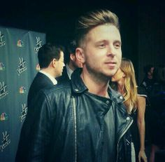 Ryan Tedder backstage on The Voice Onerepublic, Pop Rock Bands, Cool Bands, List Of Awards, Ryan Tedder, Eddie Fisher, I Love Him, My Love, My One And Only
