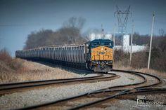 CSX loaded grain train G222
