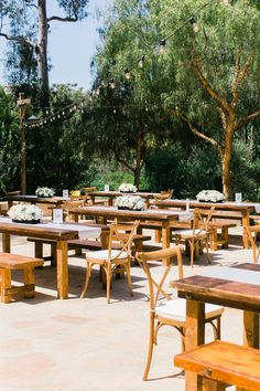backyard reception - photo by Artistrie Co http://ruffledblog.com/leo-carrillo-ranch-barbecue-wedding
