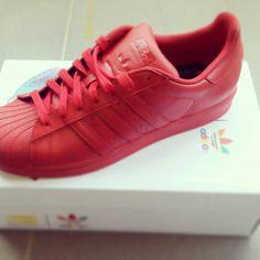 Αdidas superstar supercolor #bought #my #friend :)